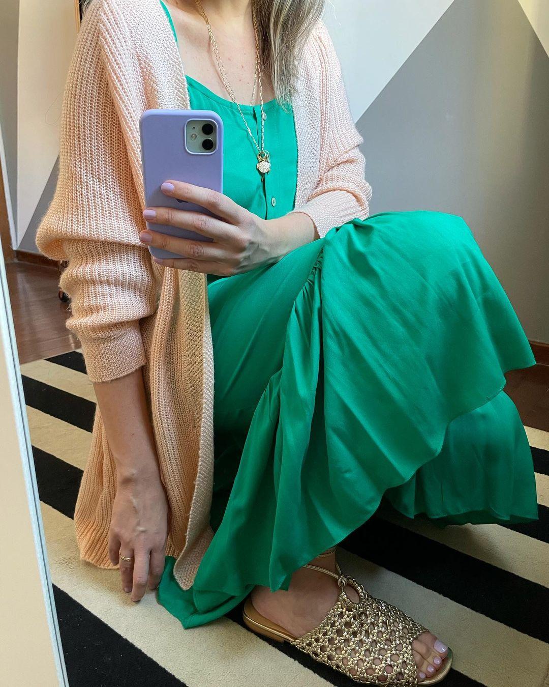 frio-calor-look-vestido-com-trico-sandalia-iara-leao-iaraleao-consultoria